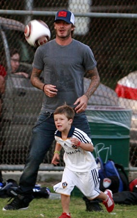 David Beckham Playing Soccer With His Boys (PHOTOS)