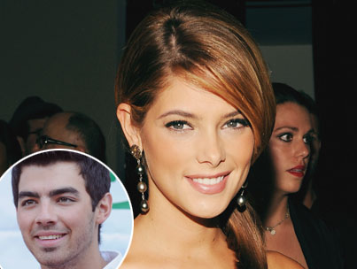 Ashley Greene: How She Compares to Joe's Exes