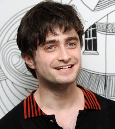 Daniel Radcliffe Speaks Out on Gay-Teen Suicides (VIDEO)