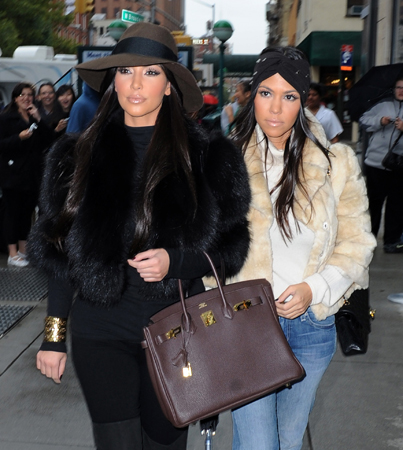 It's Official: Kourtney and Kim Take NYC!