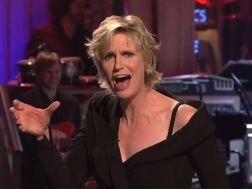Jane Lynch Creates 'Glee' Theme on 'SNL' (VIDEO)-photo
