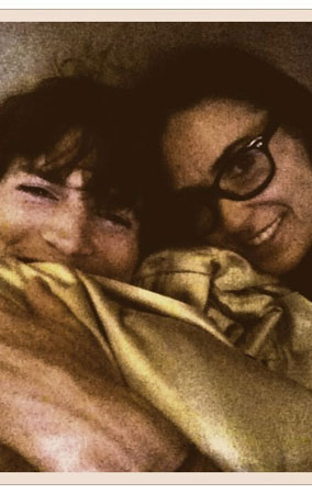 Demi & Ashton's Most Intimate Twitter Pics (PHOTOS)