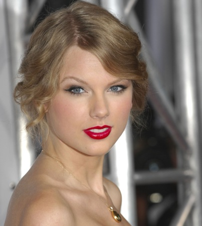 Taylor Swift 'Glee' Episode in the Works?