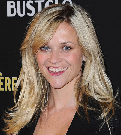 Reese Witherspoon Denies Engagement Rumors