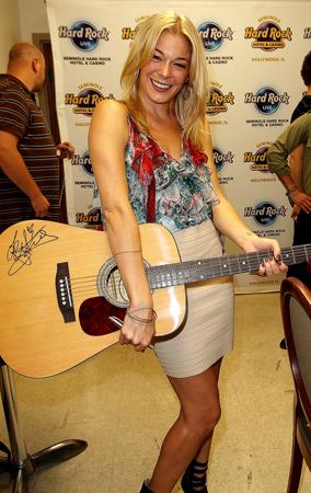 Hard Rockin' Celebrities (PHOTOS)