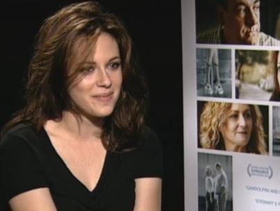 Kristen Stewart Says 'Rileys' Isn't 'Raunchy' (VIDEO)