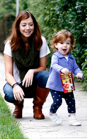Alyson Hannigan and Satyana Out For A Walk (PHOTOS)
