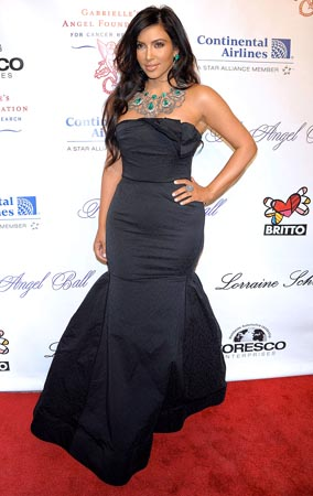 Kim Kardashian Dolls Up for Angel Ball (PHOTOS)
