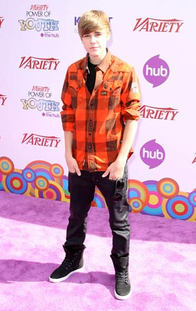 Justin Bieber Displays the Power of Youth (PHOTOS)