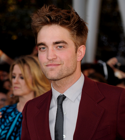 Robert Pattinson's Ideal Lady: Quiet and Pooch-Friendly
