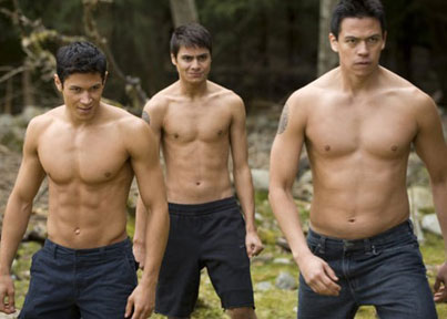 'Twilight' Wolf: 'More Abs' in 'Breaking Dawn!'