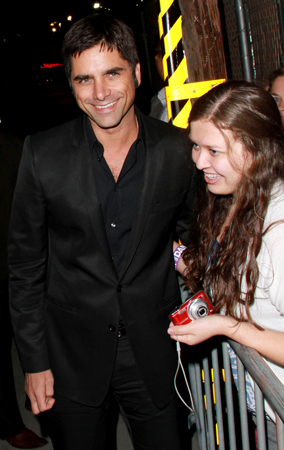 John Stamos Shows Love For His Fans (PHOTOS)