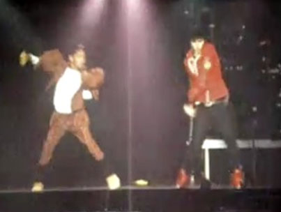 Justin Bieber and Willow Smith's Epic Dance-Off (VIDEO)-photo
