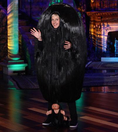 Ellen's Halloween Costume? Snooki's Pouf!
