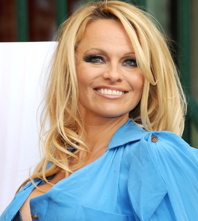 Pamela Anderson Gets Naked for a Good Cause
