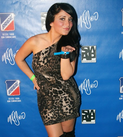Was Jersey Shore's Angelina Viciously Attacked in a Mall?