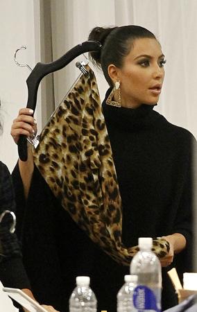 Kardashian Sisters Prep for Dash NYC Opening (PHOTOS)