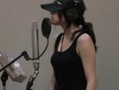 Selena Gomez is a Wizard in the Studio Too (VIDEO)