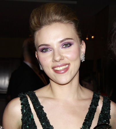 Scarlett Johansson to Play an Alien Seductress