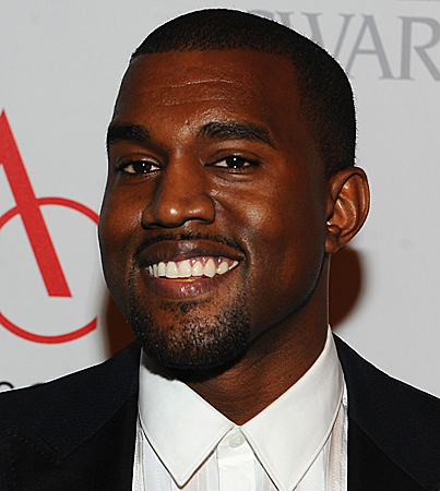 Kanye West Owns Up to Nude Photo