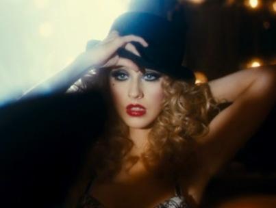 Christina Aguilera 'Express'-es Herself in New 'Burlesque' Clip (VIDEO)