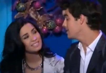 Demi Lovato and Joe Jonas' Pre-Break-up Christmas Duet (VIDEO)