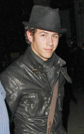 Nick Jonas Gets 'Wicked' in London (PHOTOS)
