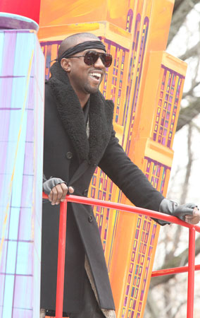 Kanye West at the 84th Annual Macy's Thanksgiving Day Parade (PHOTOS)