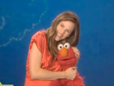 Jennifer Garner Visits 'Sesame Street' (VIDEO)