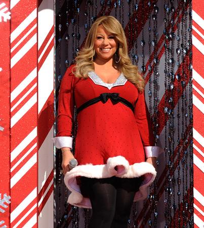 Mariah Carey Shows Off Baby Bump (VIDEO)