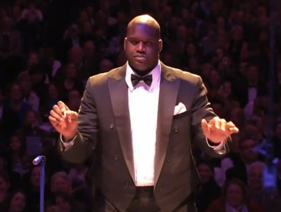 Shaquille O'Neal Conducts the Boston Pops (VIDEO)