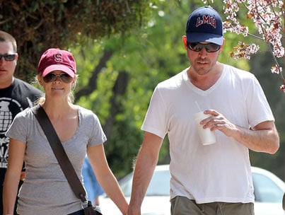 reese witherspoon and fiancee jim toth