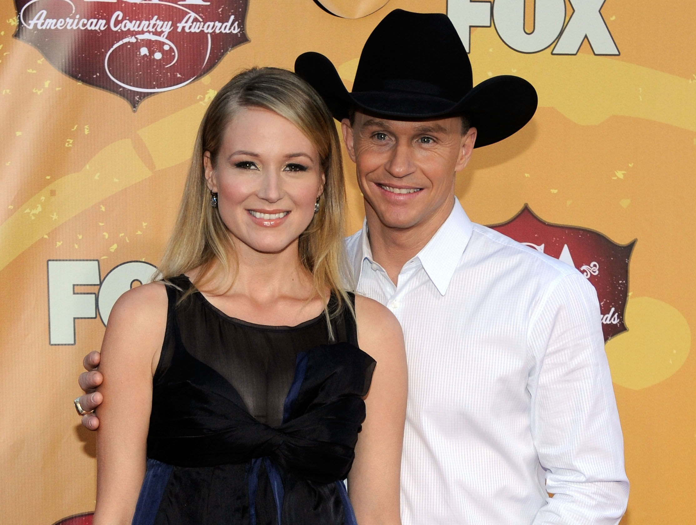 Jewel and Ty Murray Expecting Baby